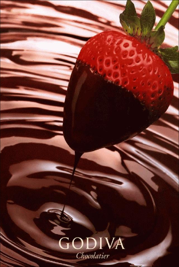 Godiva UK: Chocolate Dipped Strawberries & Champagne this Feb
