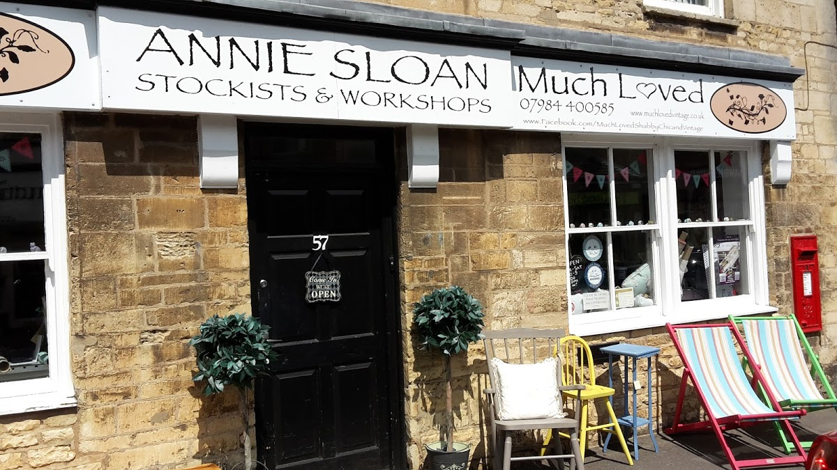 Annie Sloan Chalk Paints & Workshops at Much Loved in Corby
